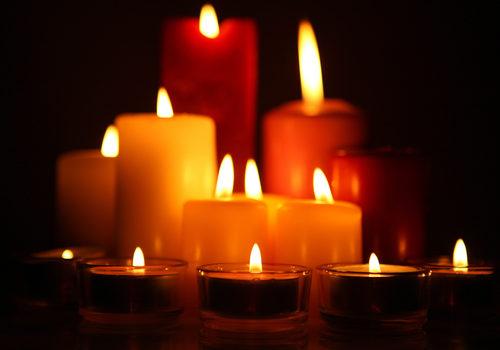 shutterstock_96077129 - bougies couleurs